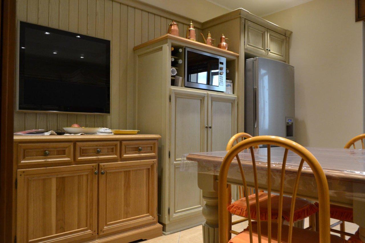 Cucina Ciliegio E Panna cucina in legno massello di frassino | arecodesign napoli