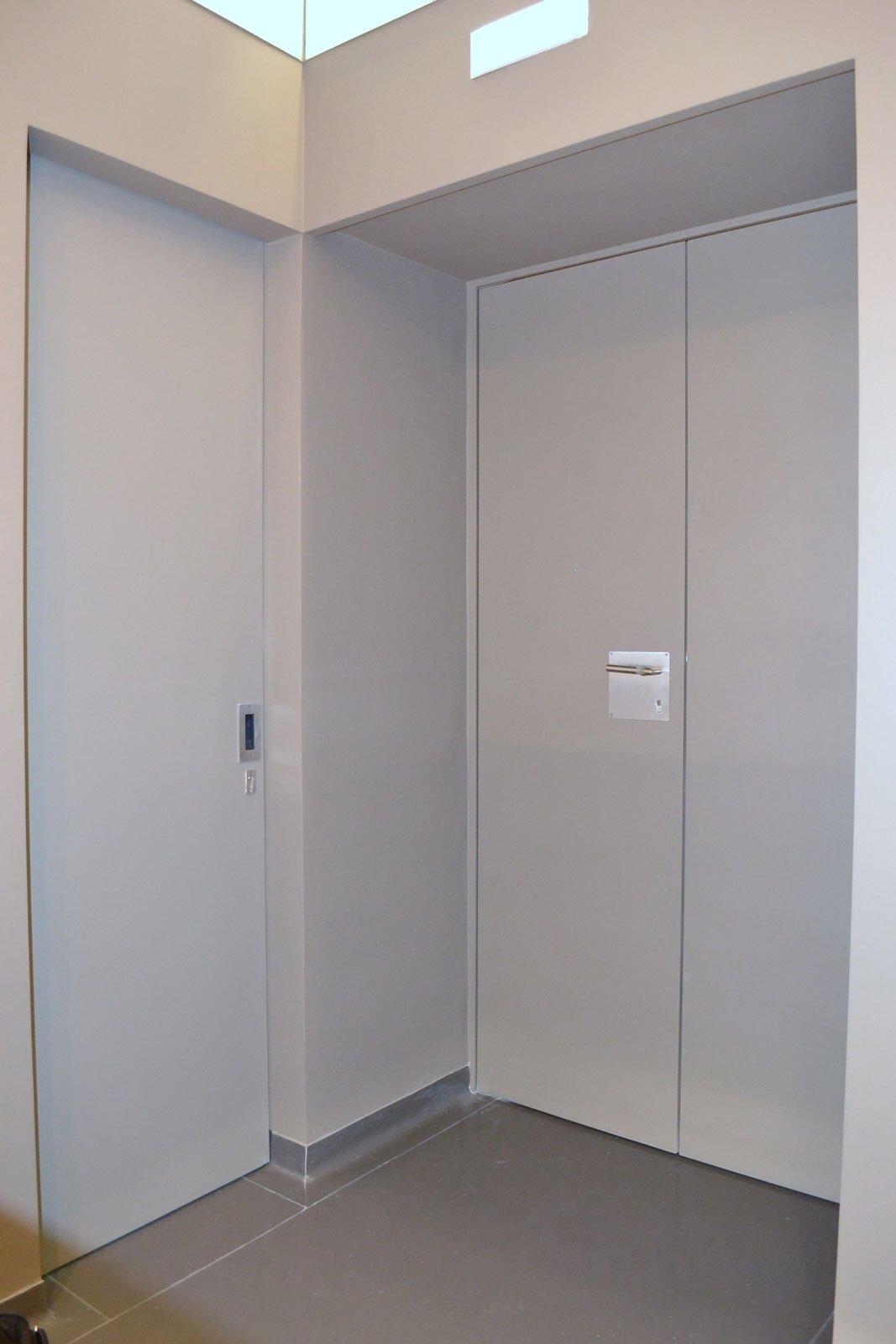 Porte Blindate su Misura senza Cerniera Interne a Vista